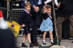 Die Royals zeigen sich ganz privat beim Familienausflug