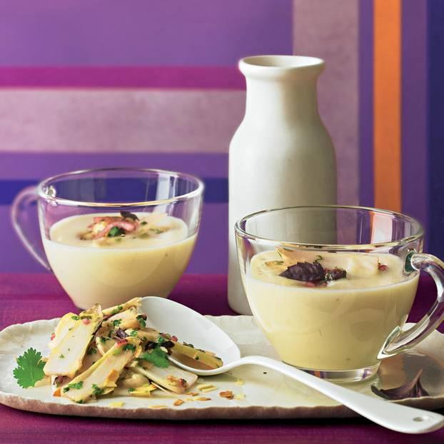 Blumenkohlsuppe mit Spargel-Ceviche