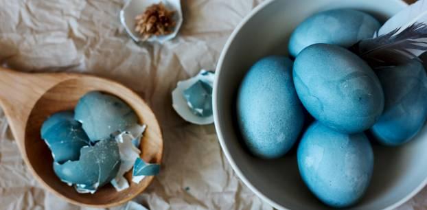 Zur Osterzeit: Deswegen solltet ihr keine gefärbten Eier kaufen