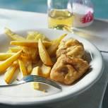 Fish & Chips - Gebackener Fisch mit Kartoffelspalten