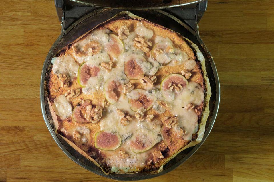 Gesunde Pizza: So einfach backst du eine leckere Blumenkohlpizza