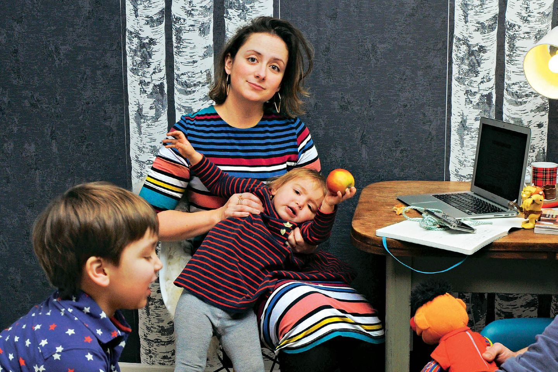 Vollzeit-Job mit Kindern: Alexandra Zykkunov mit Kindern