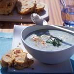 Kalte Erbsen-Joghurt-Suppe
