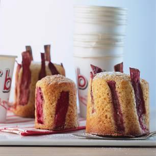 Kleine Kuchen: Rhabarbertörtchen