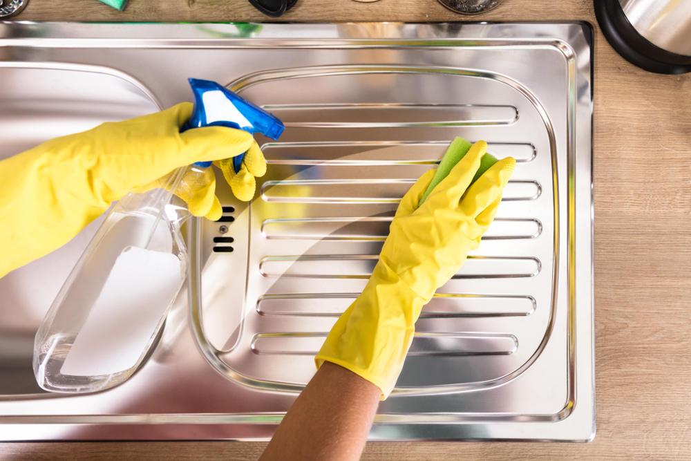Edelstahl reinigen effektive hausmittel brigitte