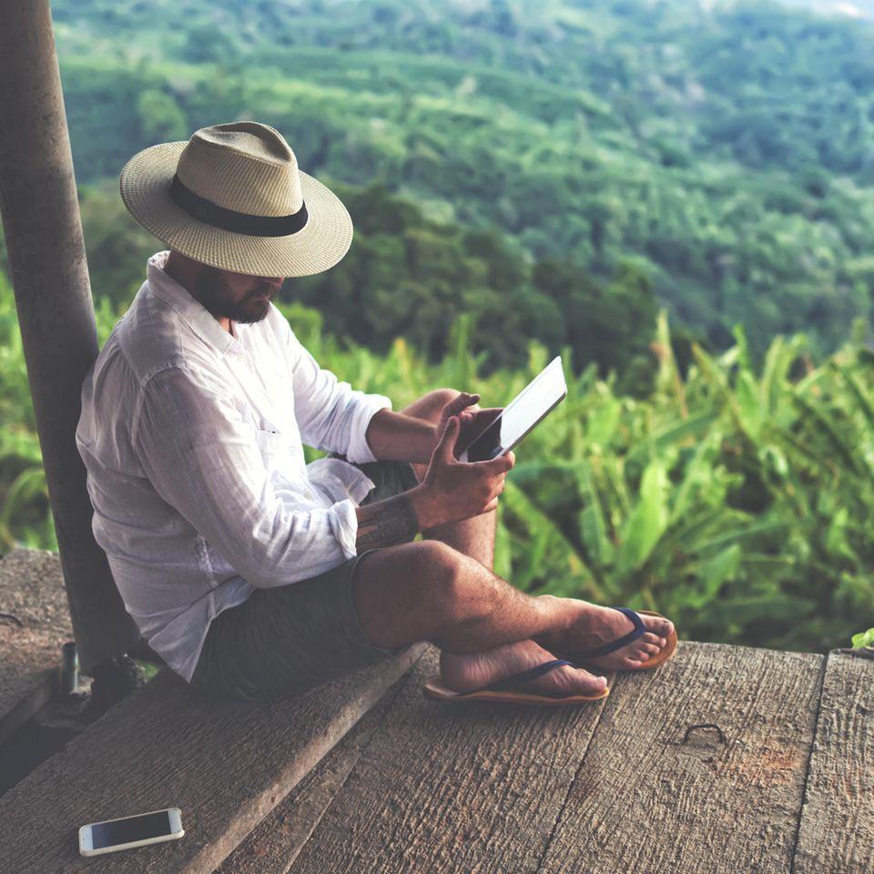 Millionär sucht Begleitung für Weltreise