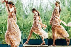 Rüschen: Trend-Kleider - Blütenmuster