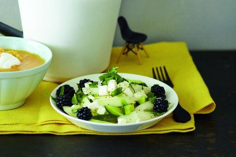 Melone-Brombeer-Feta-Salat