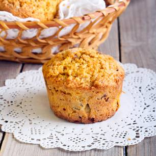 Muffins mit Ananas und Rum