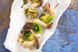 Kräutersaitling-Zucchini-Spieß