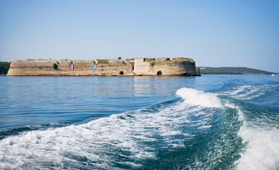 Kroatien-Tipps: Bootstour über das blaue Meer