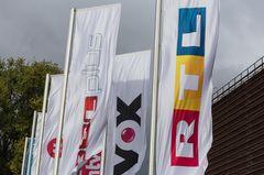 RTL streicht drei Serien aus dem Programm: Flaggen mit RTL Logo