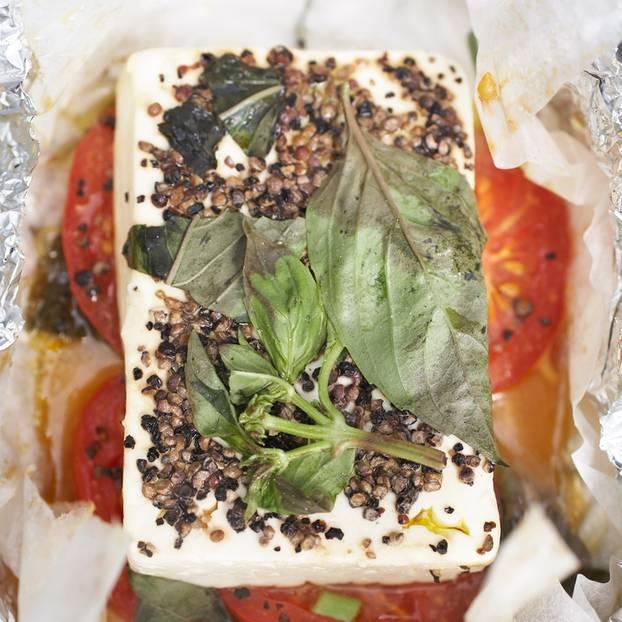 Schafkäse-Tomaten-Päckchen