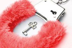 Einfache Tipps für guten Sex: Erotische Handschelle mit Schlüssel