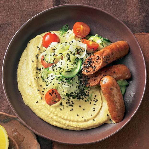 Merguez auf Hummus