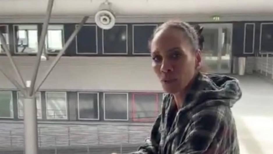 Barbara Becker: Diese Stars laufen ihr beim Machen eines Instagram-Videos über den Weg