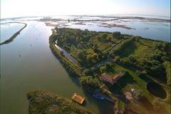 Insel zum Mieten: Island Falconera