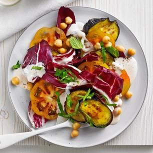Auberginensalat mit Sesam-Dip