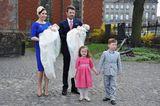 Dänemarks Kronprinzenpaar Mary & Frederik mit ihren vier Kindern