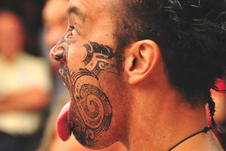 Bedeutung ihre tattoo und zeichen Wikinger Tattoos