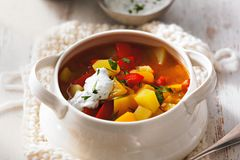 Kartoffel-Paprika-Gulasch