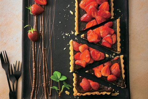 Schokocreme-Tarte mit Erdbeeren