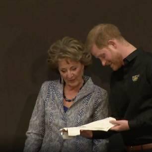 Prinz Harry: So sehr geht er in seiner Rolle als Vater auf