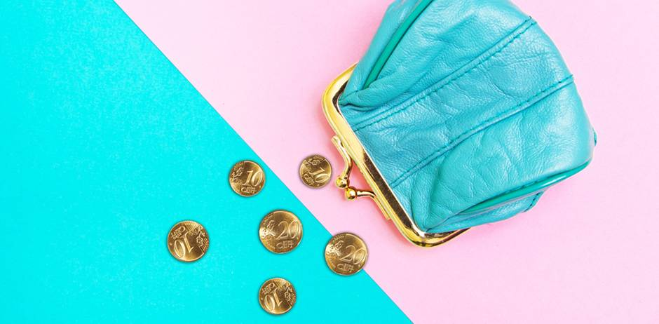 Finances for women: wallet and money on a turquoise-pink background