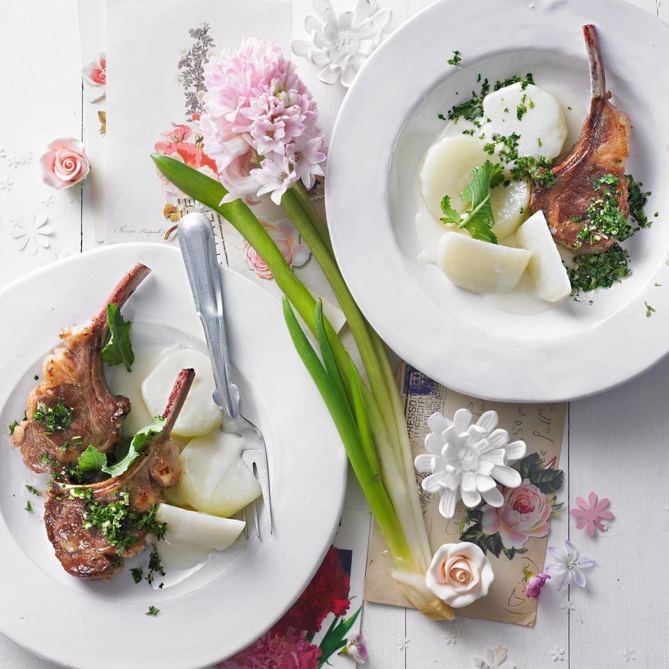 Lammkoteletts mit Kerbel-Gremolata und Kohlrabi