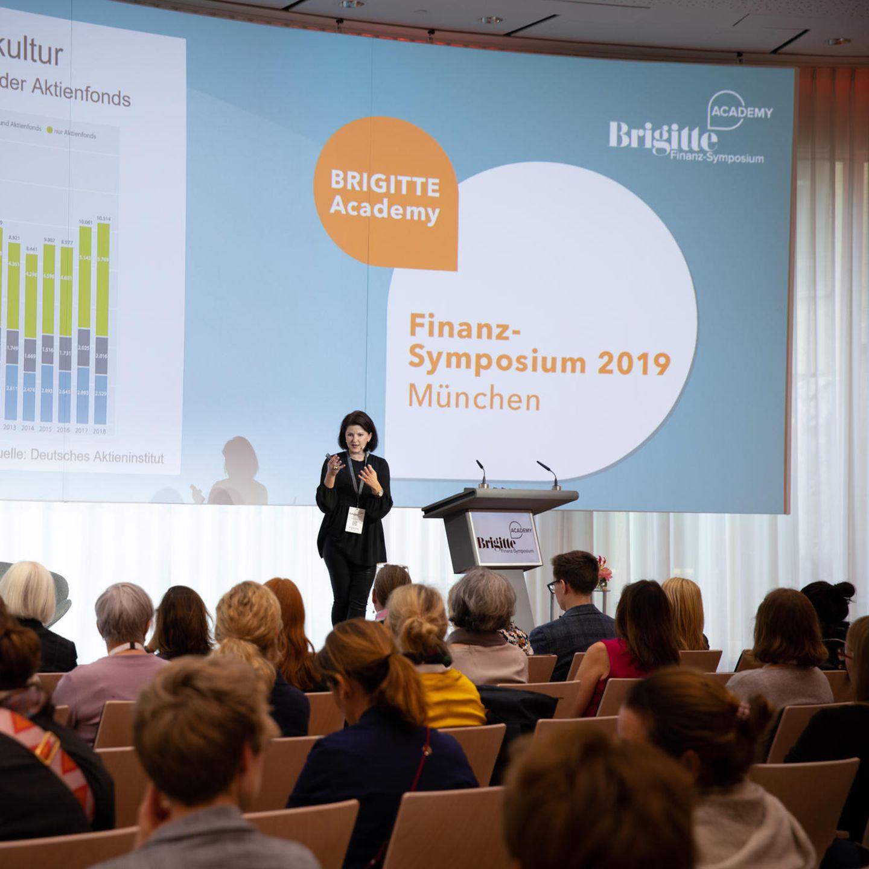 Finanz-Symposium: Jessica Schwarzer
