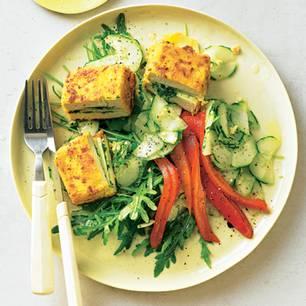 Tofu-Cordon-Bleu mit Gurkensalat