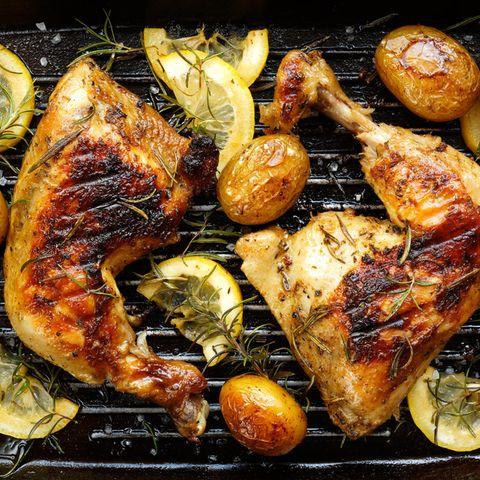Hähnchenschenkel grillen: Hähnchenschenkel auf dem Grill