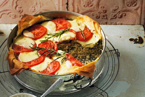 Reiskuchen mit Feldsalat-Pesto