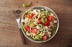 Partysalate fürs Buffet: Spaghettisalat