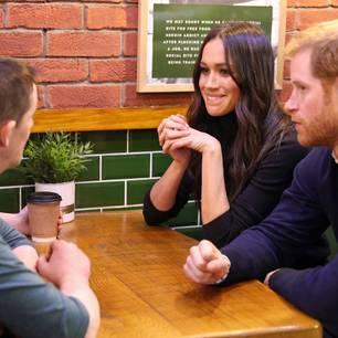 Megan Marke: Mit Prinz Harry und Freunden am Tisch