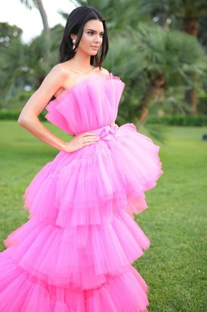 Giambattista Valli x H&M: Kendall Jenner im rosa Kleid