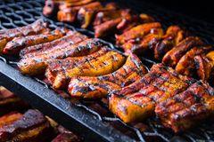 Smoken: Fleisch im Smoker