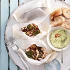 Pilz-Päckchen mit Guacamole