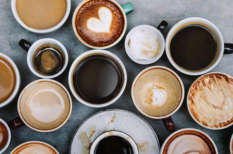 25 Tassen Kaffee pro Tag: Mehrere Kaffeetassen