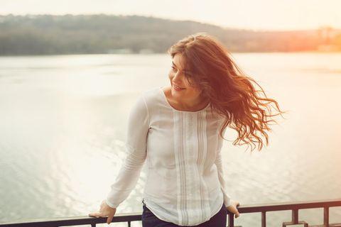 16 coole Sommer-Styles für alle Curvy-Frauen, die keine Kleider mögen