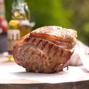 Schweinebraten grillen: Schweinebraten vom Grill