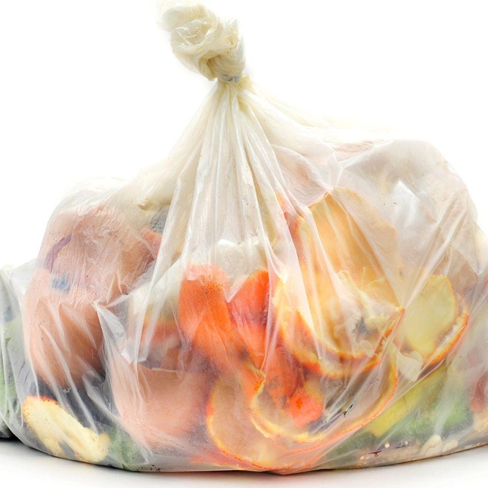 Bio-Mülltüten: Wie biologisch abbaubar sind sie wirklich?