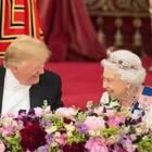 Donald Trump mit der Queen beim Staatsbankett 2019