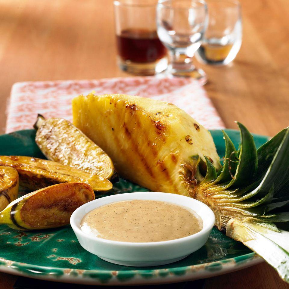 Gegrillte Ananas mit Arrak