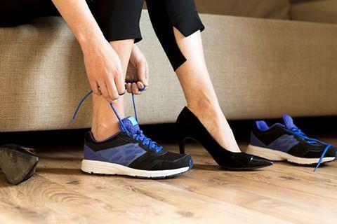 High Heels im Job: Immer mehr Frauen begehren auf