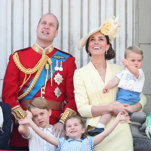 Trooping the Colour: Prinz William, Herzogin Kate und die Kinder Prinz Louis, Prinzessin Charlotte und Prinz George