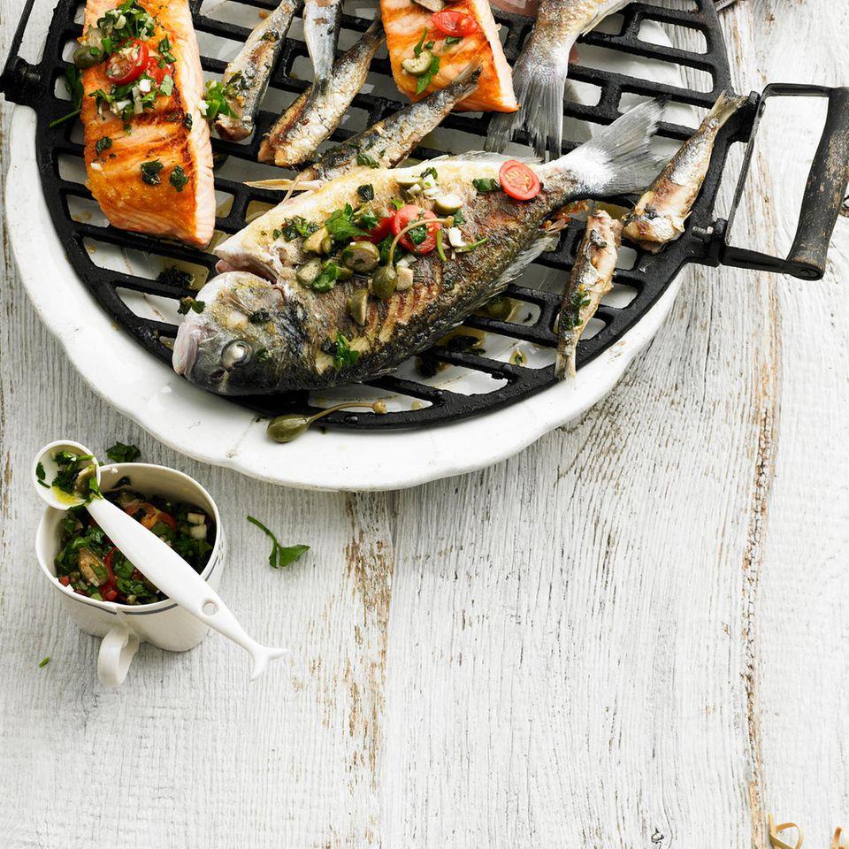 Gegrillte Fischplatte