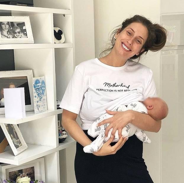 Stacey Solomon: Diese Bilder einer Mutter zeigen, wie die ersten Tage mit Baby wirklich sind