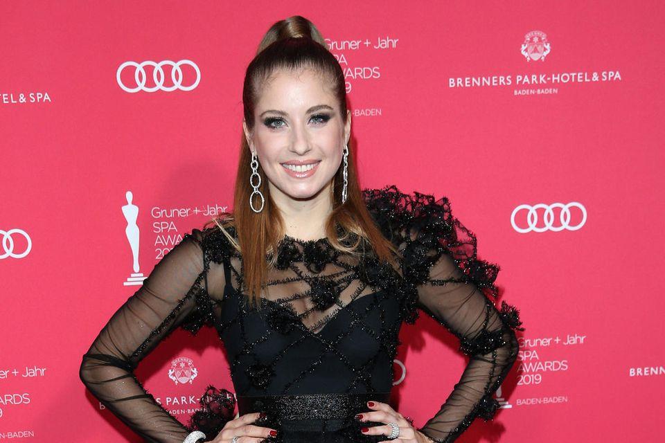 Cathy Hummels auf dem roten Teppich der Gala Spa Awards