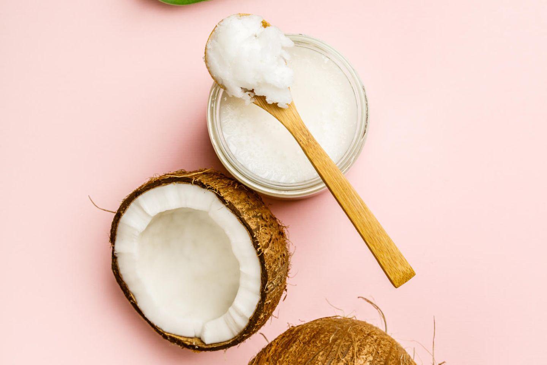 Kokosöl für die Haare: Kokosnuss und Kokosöl